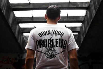Wijsheid in 2021 - verbrand je problemen na overprikkeling